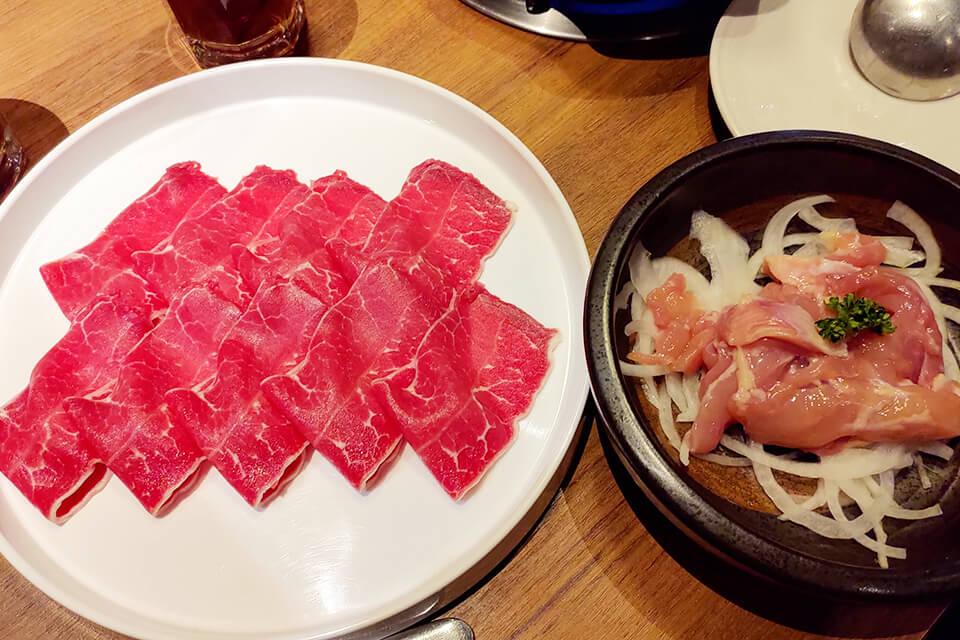 拾七石頭火鍋-頂級沙朗牛肉