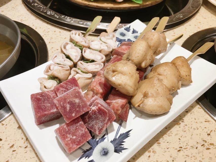 台中燒肉吃到飽_九牛一鍋