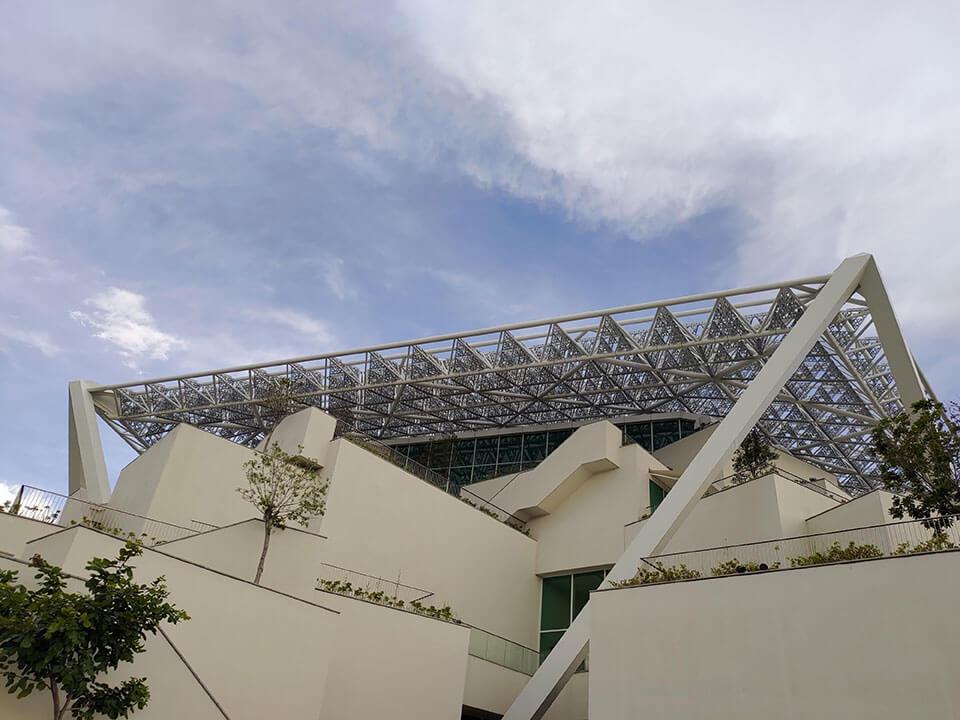 台南美術館二館是真的很適合在黃昏時到這散散步