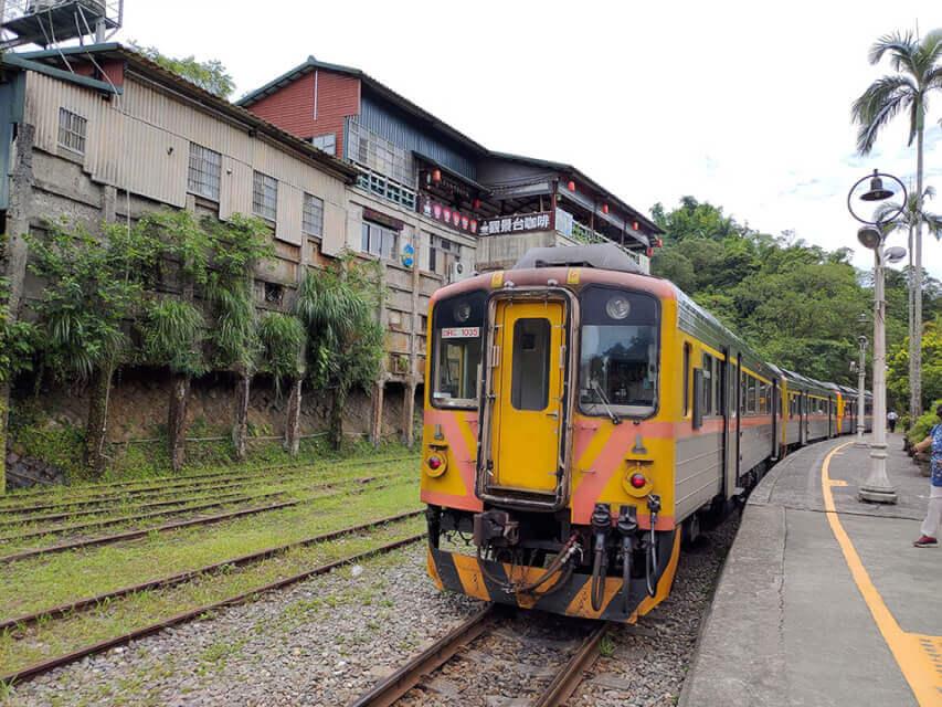 想利用平溪火車一日遊的人,一定很納悶平溪線到底有哪些火車站點