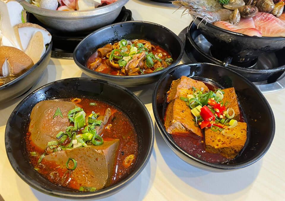 滷臭豆腐NT.40 + 滷鴨血NT.40 + 滷大腸NT.70
