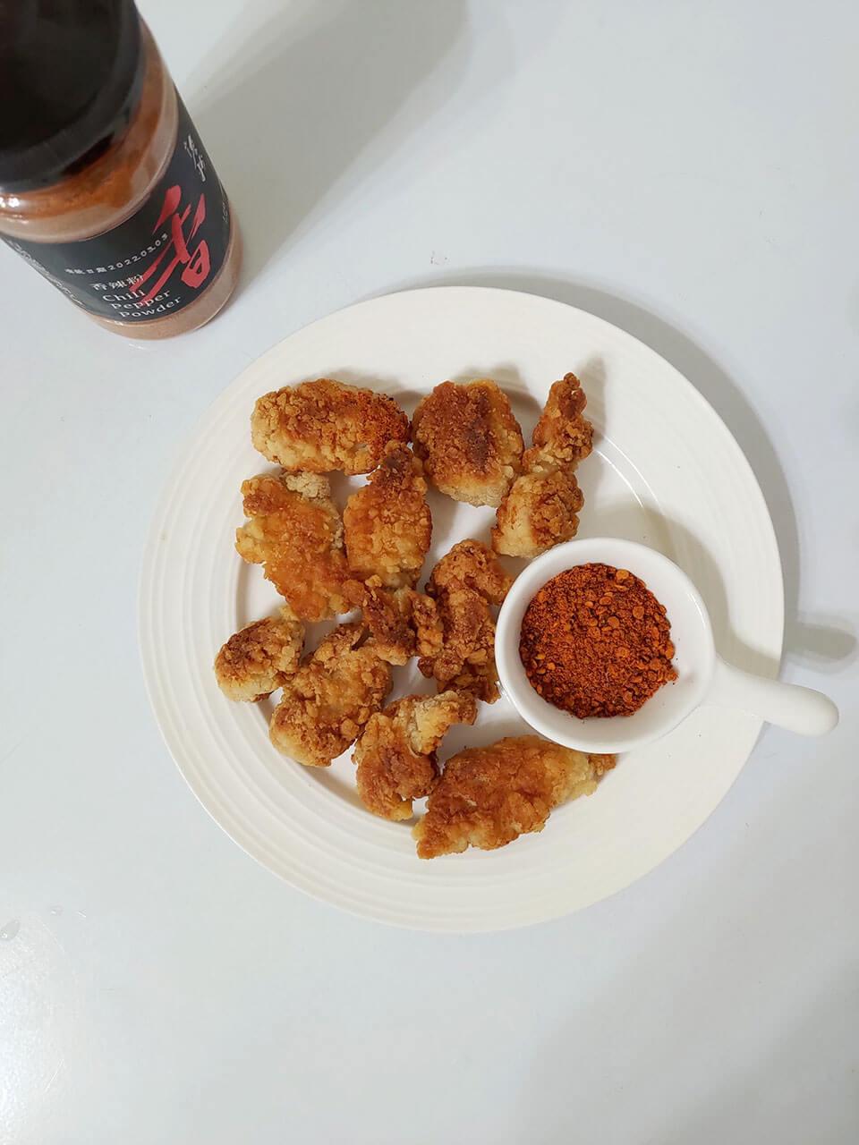 詹粉搭配在家炸的鹽酥雞