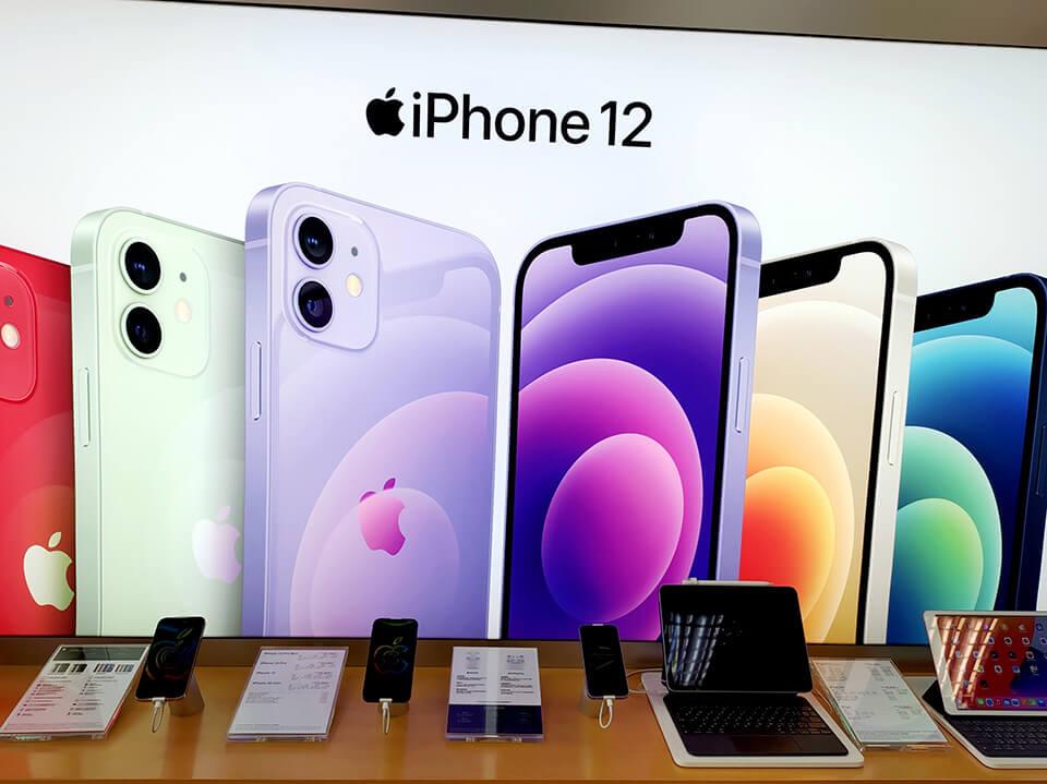 洋蔥網通現場也有多款iPhone可試用