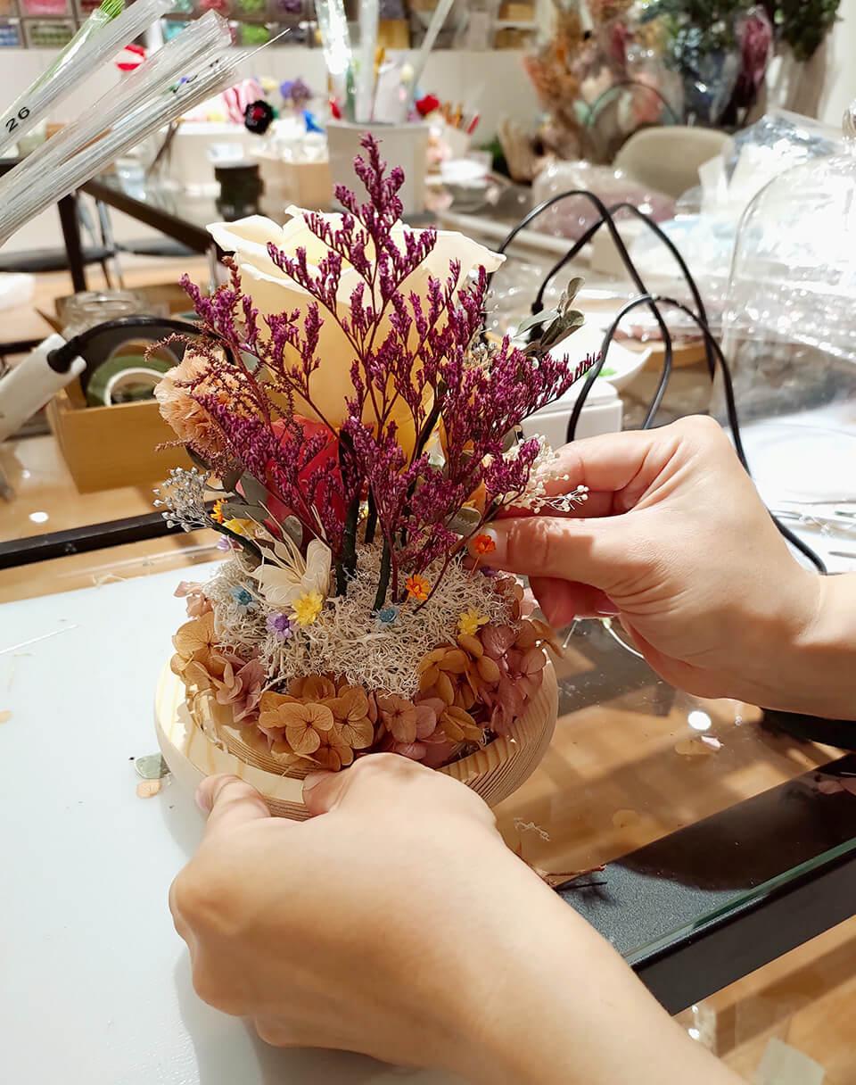 台中乾燥花課程-玻璃罩盅背面