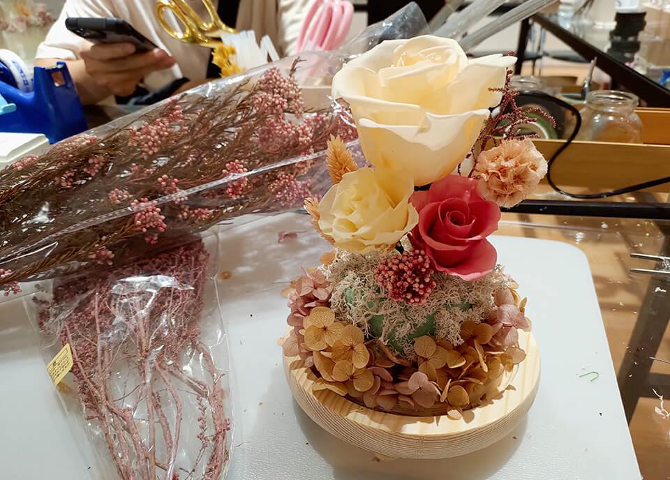 台中乾燥花課程-插上一旁的配角